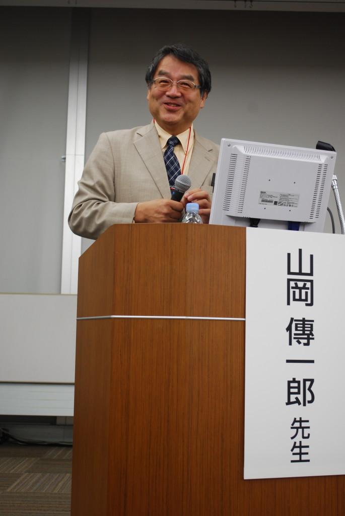 山岡傳一郎先生(愛媛県立新居浜病院副院長)